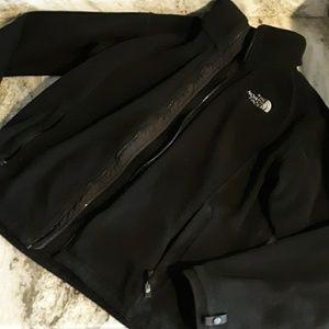 The North Face women's size M fleece zip up